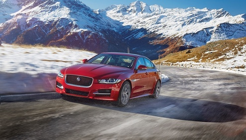 JAGUAR_XE_AWD_Location_03