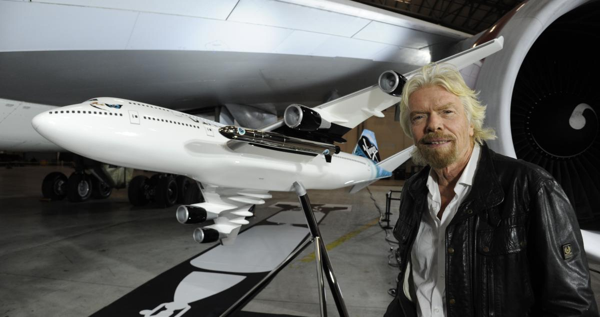 large_Richard_Branson_with_747_and_LauncherOne_Model
