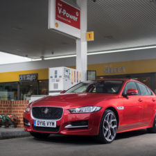 Jaguar And Shell Launch pay for fuel with a new cashless payment app