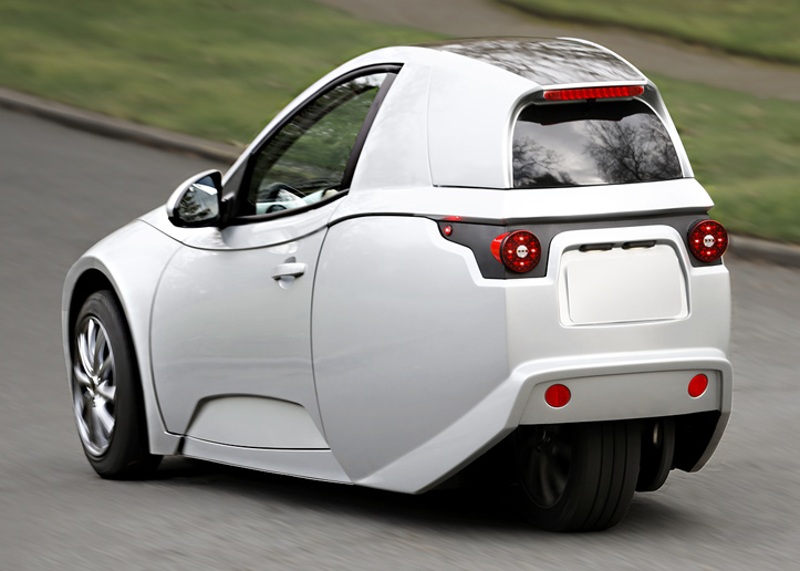 SOLO The All Electric Single Seat Car Launches November 29th At Westfield Century City Shopping Mall