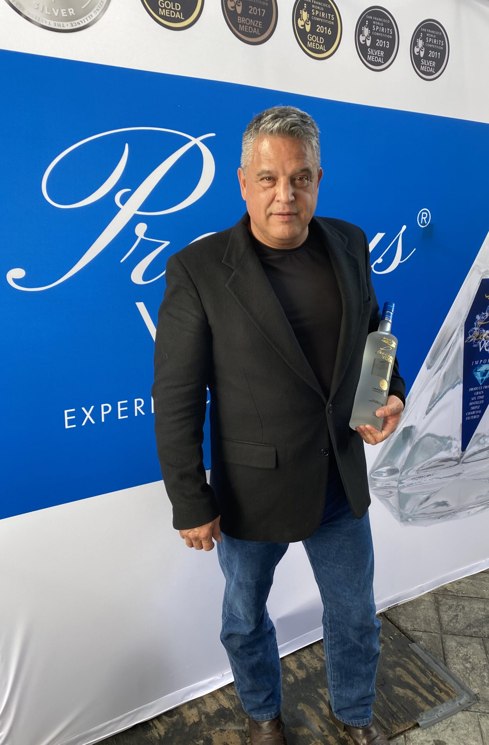 vodka oscar gift