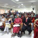 Grey haired front benchers: Jyoti Punwani, Kalpana Sharma, Ammu Joseph, Laxmi Murthy, Gita Aravamudan.