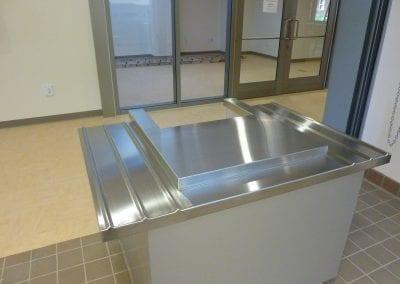 Kiosk with Tray Slides