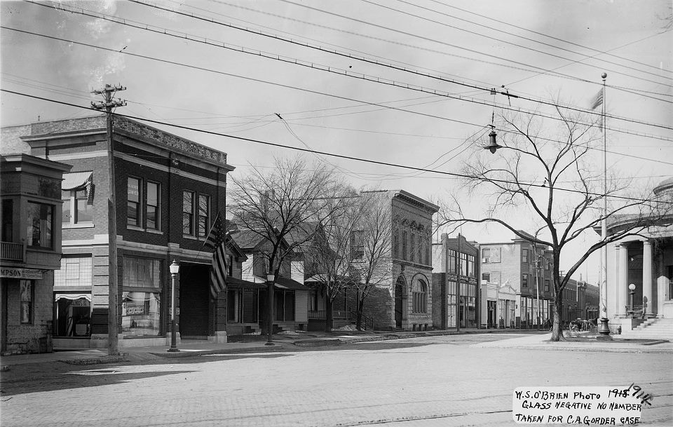 1914 long shot looking west on South Street