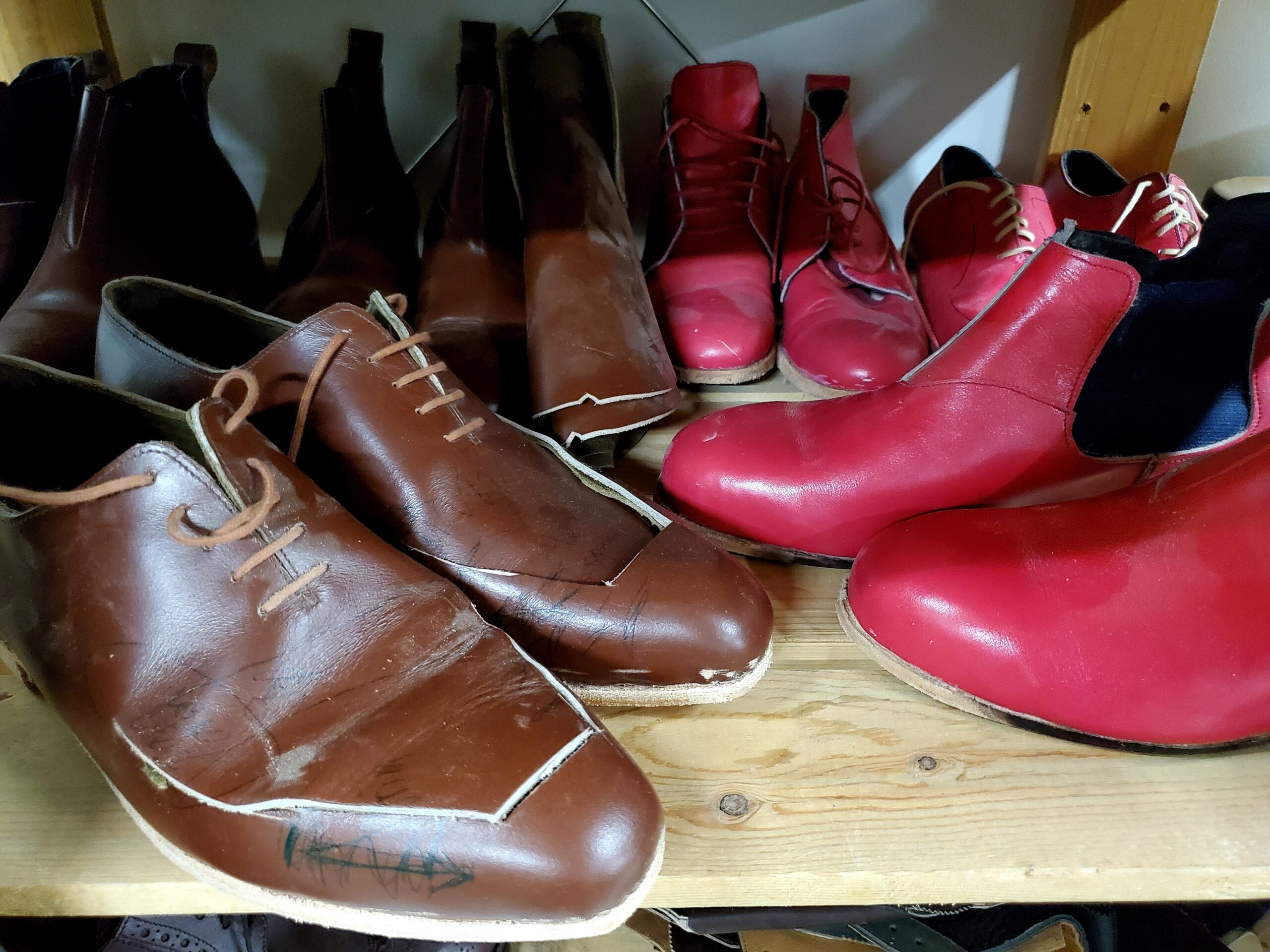 sample shoes in pink and brown at a slosky footwear
