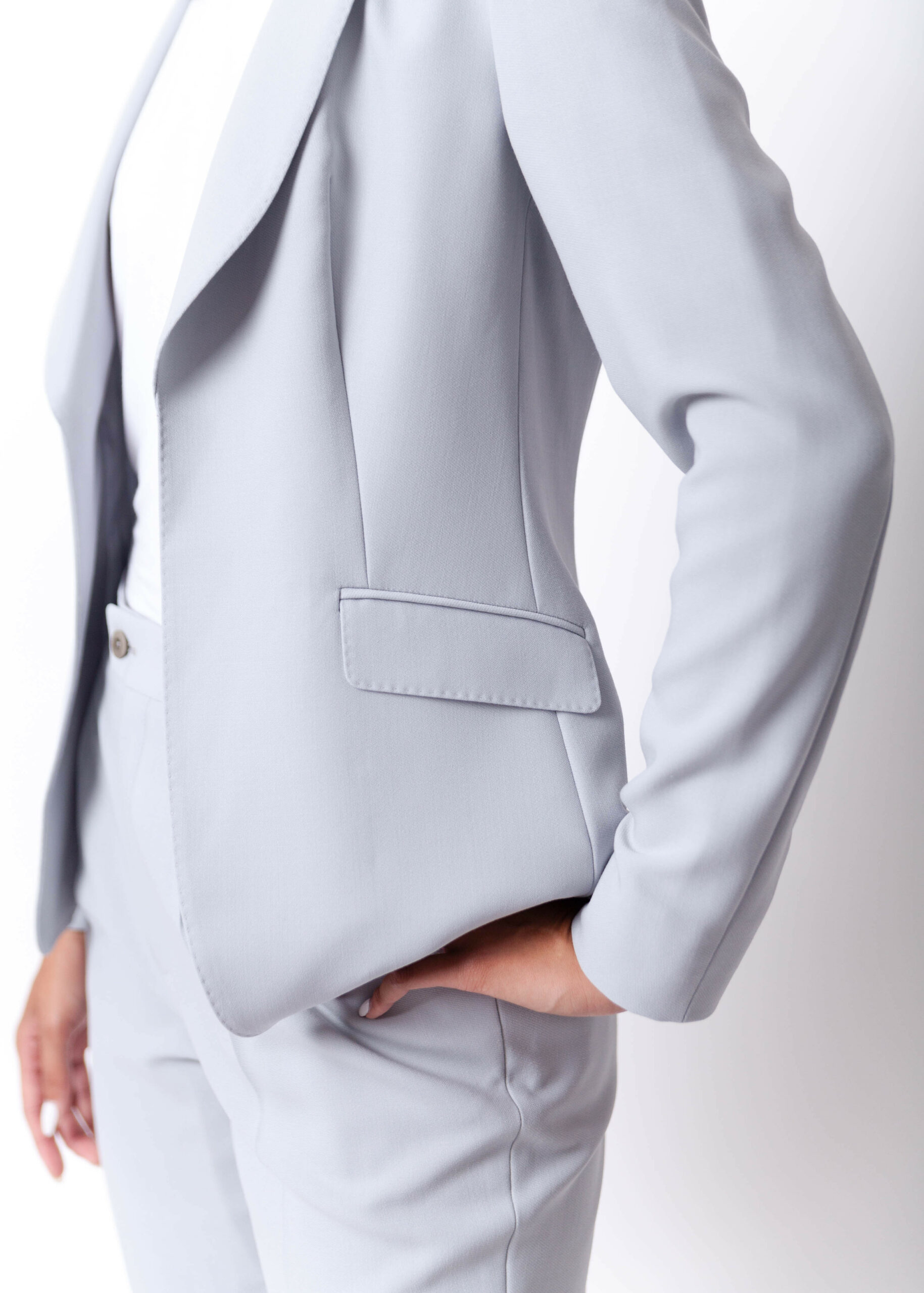 SEWT, luan tolosa, helen siwak, womens suiting, coleman pete, vancouver, bc, ecoluxluv, folioyvr, vancity, yvr, bespoke, made to measure