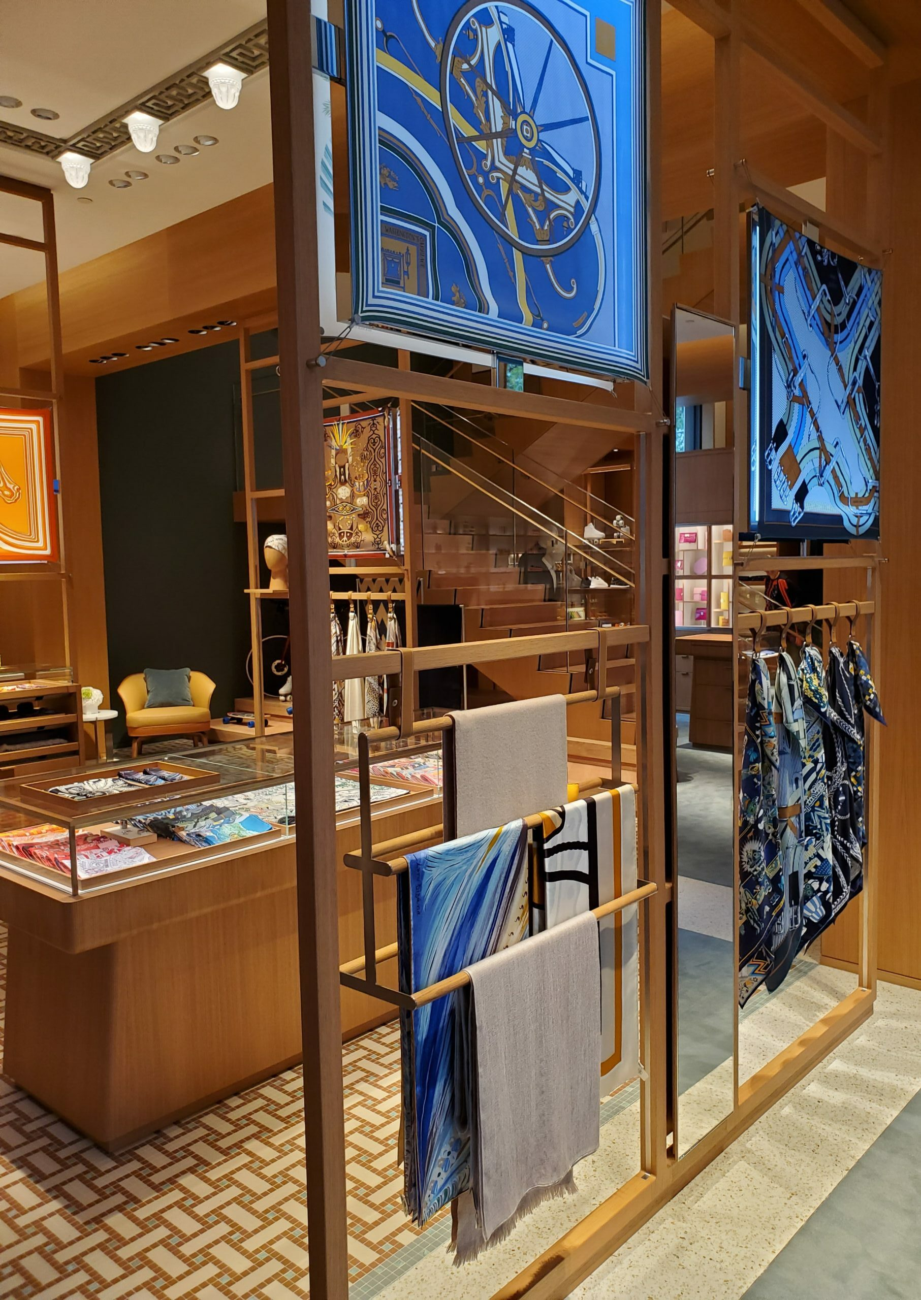 hermes, luxury zone, flagship, helen siwak, coleman pete, luxury, ecoluxluv, folioyvr, vancouver, vancity, yvr, bc