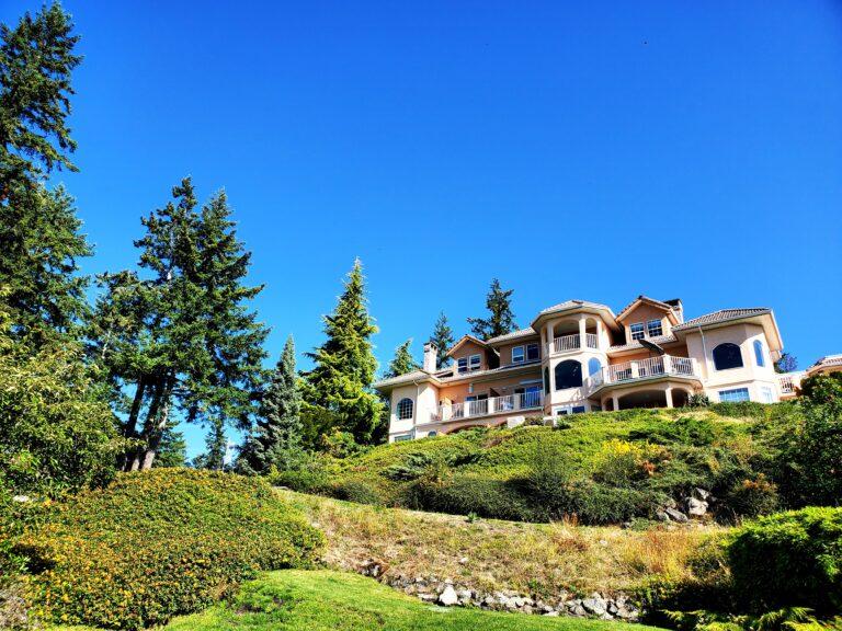 Folio.YVR Issue #6: Villa Eyrie Resort is 5☆ Rest & Relaxation