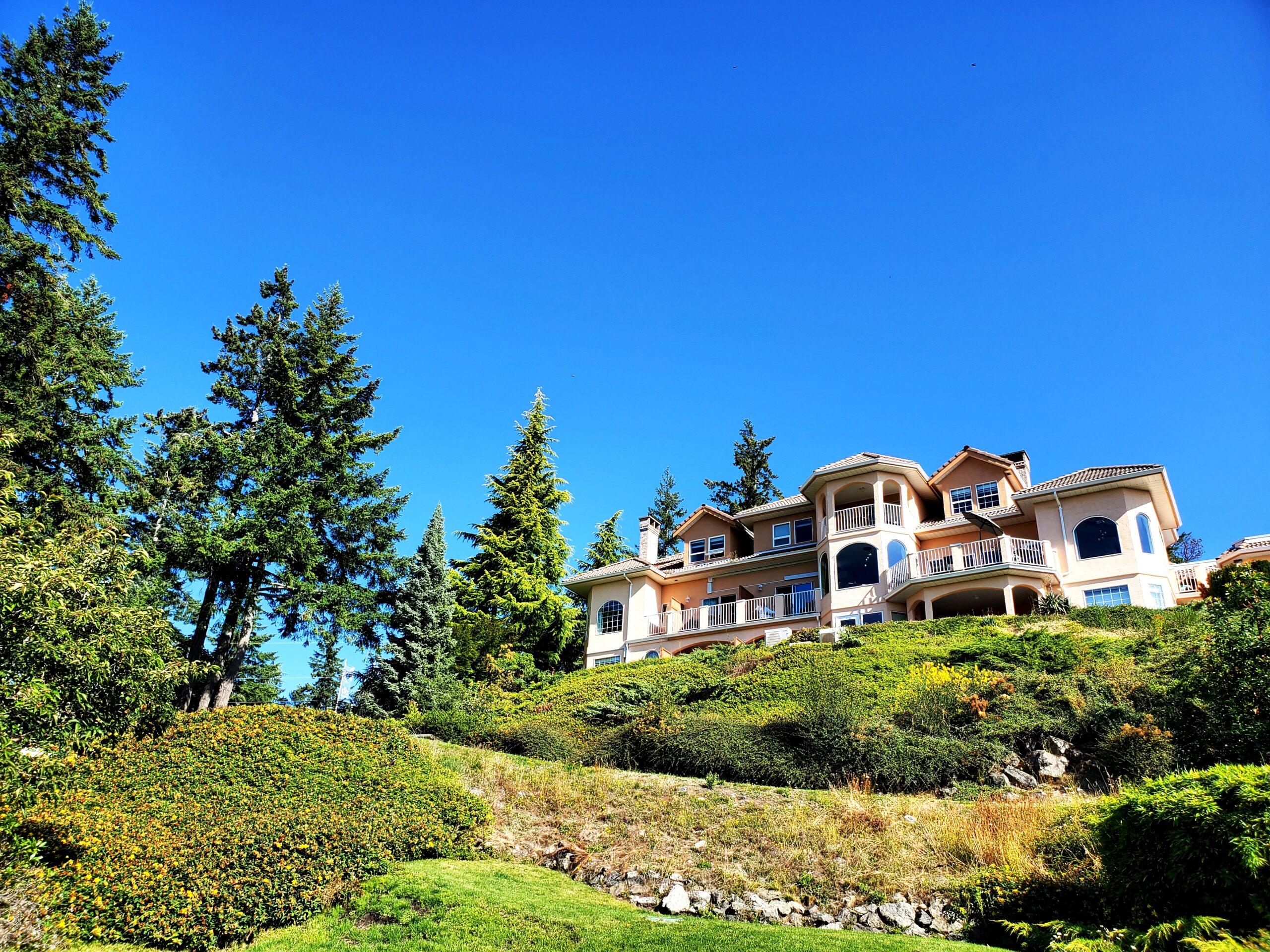 villa eyrie, vancouver island, alpina restaurant, helen siwak, coleman pete, ecoluxluv, folioyvr, vancouver, bc, vancity, luxury resort, travel, yvr
