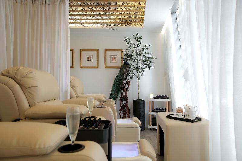 bodywize, luxury lifestyle awards, helen siwak, folioyvr, hong kong,