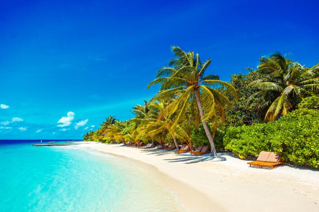 lily beach, luxury lifestyle awards, maldives, exotic travel, helen siwak, travel, luxury, vancouver, bc,