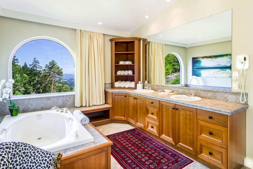 villa eyrie, gain group, vancouver island, getaway, helen siwak, folioyvr, ecoluxluv, vancouver, vancity, yvr, luxury, lifestyle