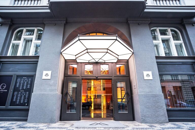 Folio.YVR Friends: Escape to Prague with a Grand Stay at the Emblem Hotel