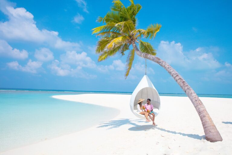 Folio.YVR Friends: Find Your Oasis at Maldives Hideaway Beach Resort & Spa