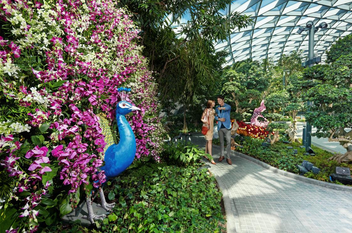 Jewel changi airport, singapore, adventure, travel, helen siwak, vancouver, bc, luxury lifestyle awards