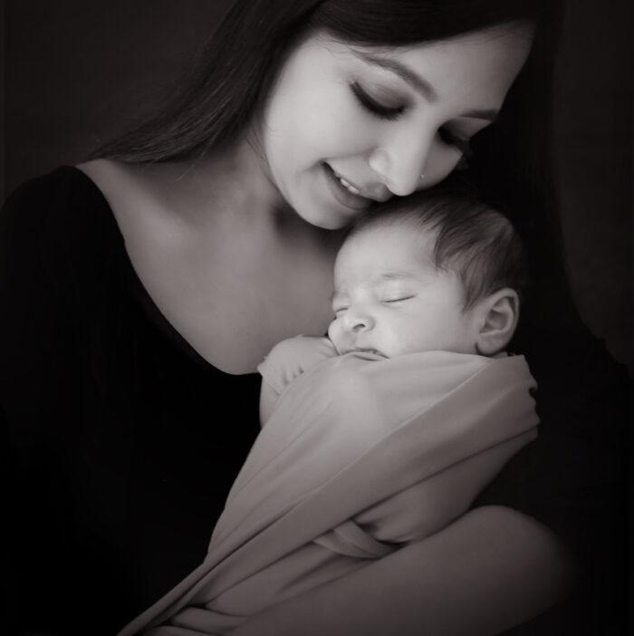 Best family photographer in Delhi NCR Noida Gurgaon Faridabad by Rakshita Kapoor