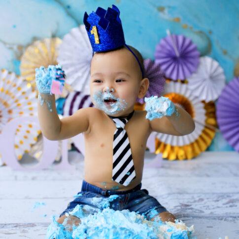 Best baby cakesmash photographer in Delhi NCR Noida Gurgaon | Rakshita Kapoor