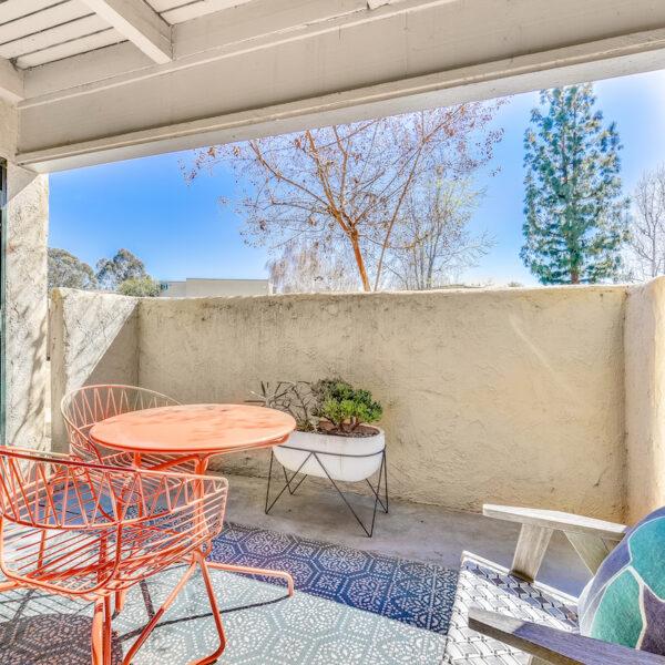 Torrey Pines Apartments: Amber Ridge Apartments