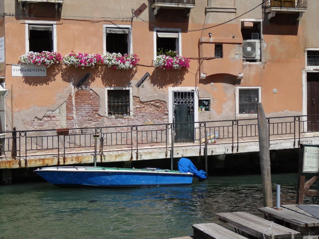 Venice I Western Sakiori