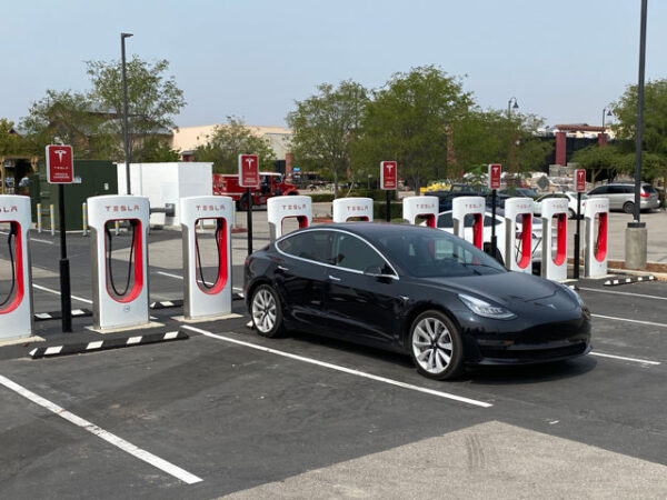 Tesla opens new Supercharger in Paso Robles
