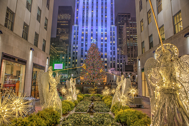 Christmas Tree In Nyc.The King Of Christmas Trees Nyc Style Connecticut Better