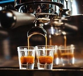 Great espresso drinks with beautiful crema