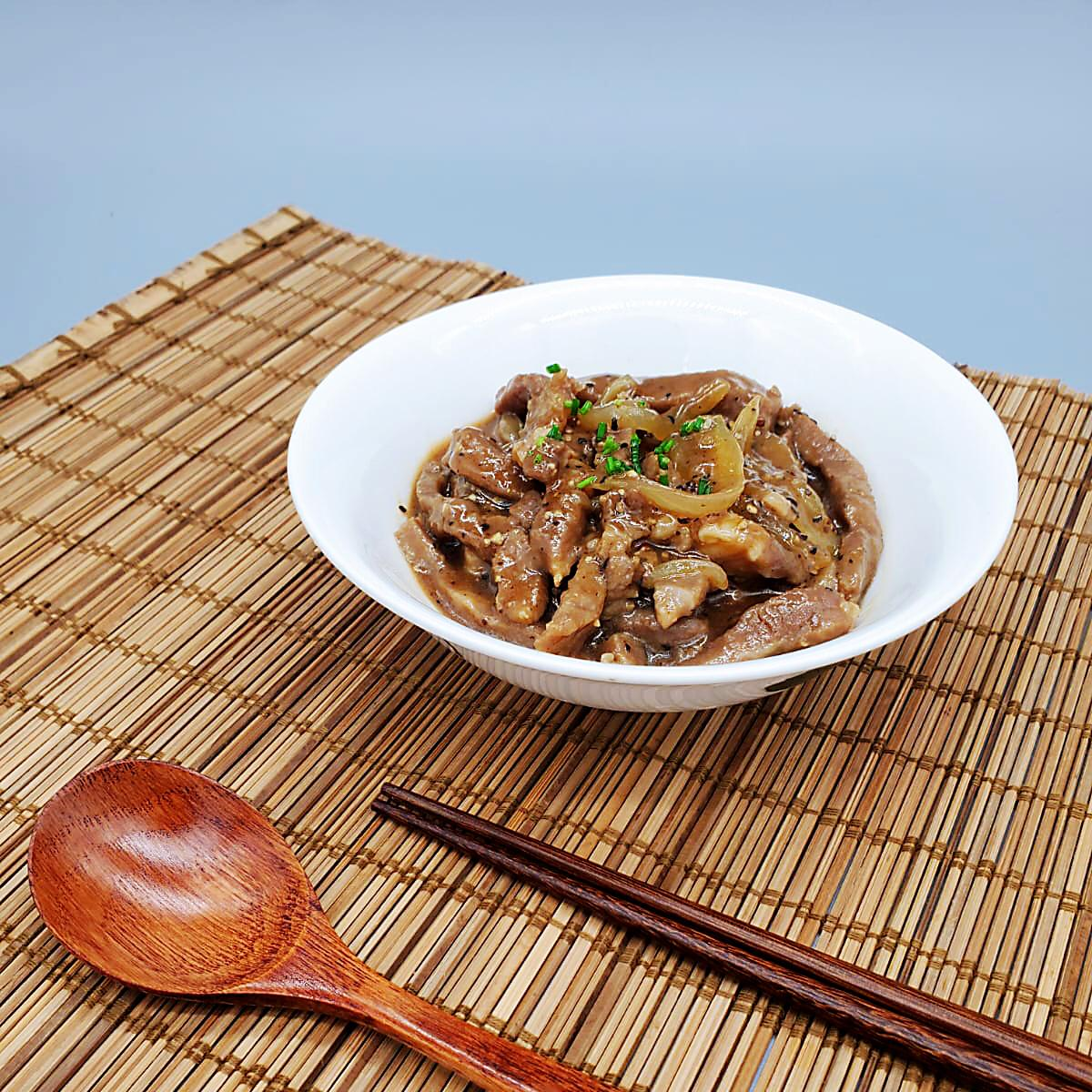 Stir-fried Beef with Black Pepper Sauce (New Product)