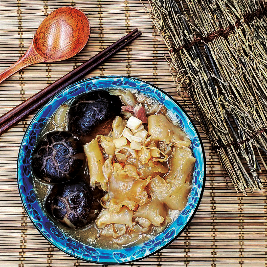 Dried Mushroom with Dried Scallop and Fish Maw Stew