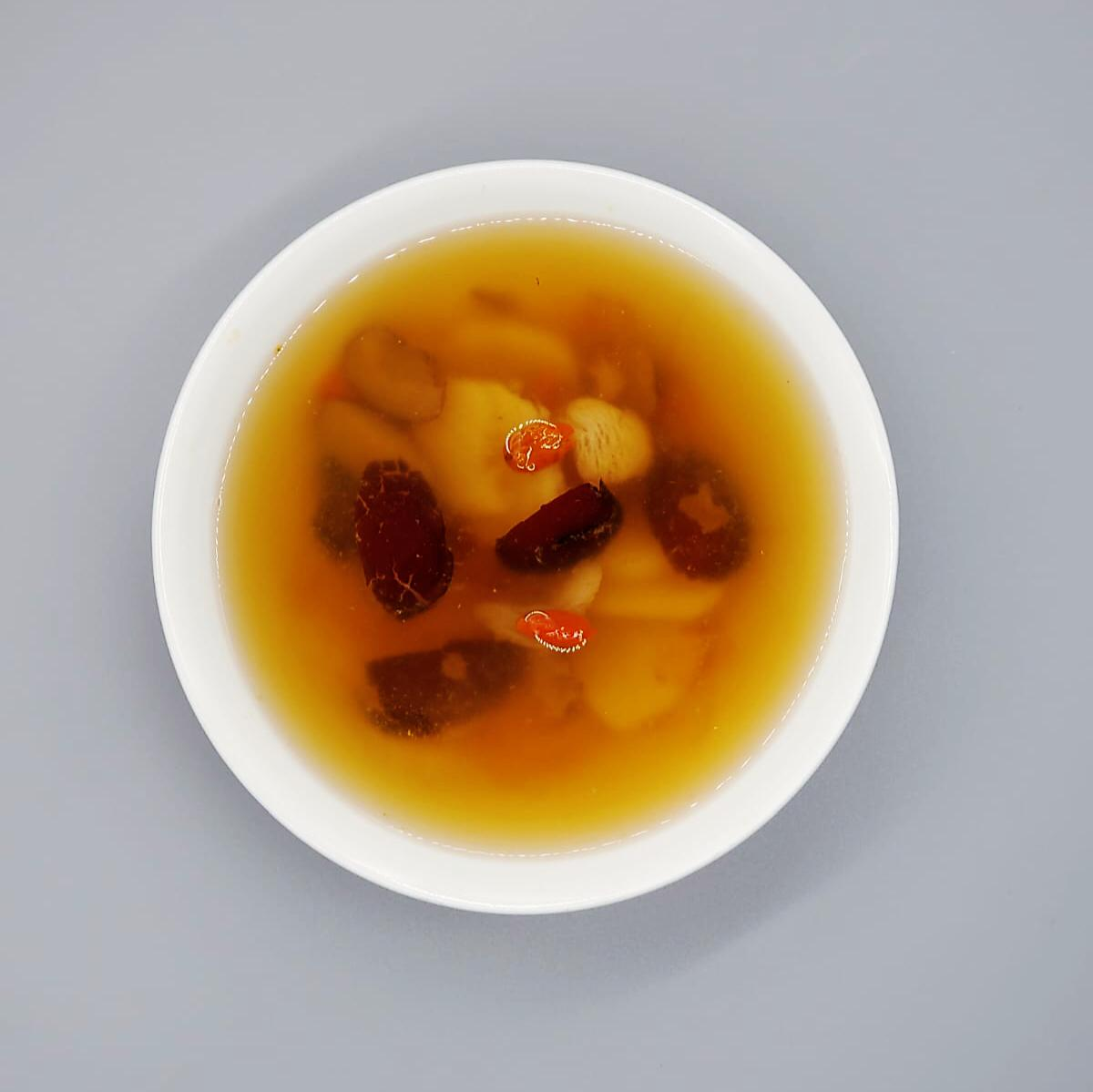 Ginger juice, Longan & Peach Gum Dessert (New Product)