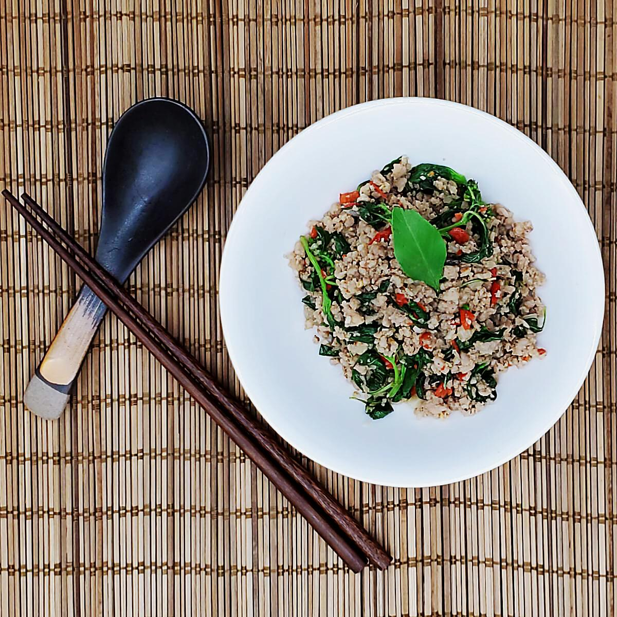 [Phat Kaphrao] Stir-fly Minced Pork with Chili and Sweet Basil