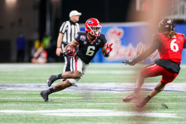 Georgia running back Kenny McIntosh (6) during the Chick-fil-A Peach Bowl at Mercedes-Benz Stadium in Atlanta, Ga., on New Year's Day, Jan. 1, 2021. (Photo by Chamberlain Smith)