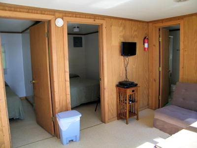 Cabin Two Bedrooms/Living Room