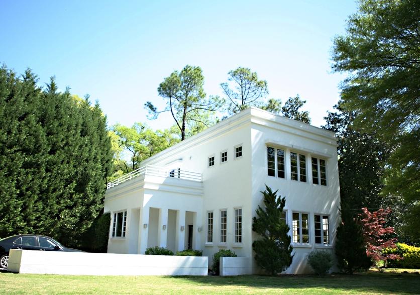 Atlanta Residence - Wikimedia Commons