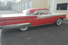 FB-1959-Ford-Galaxie-Skyliner