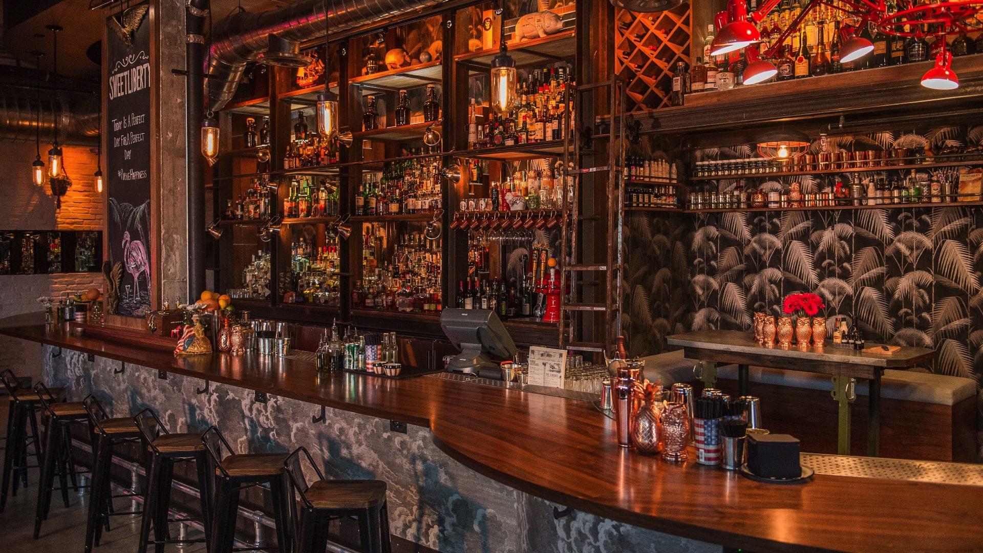 miami bar 1-min