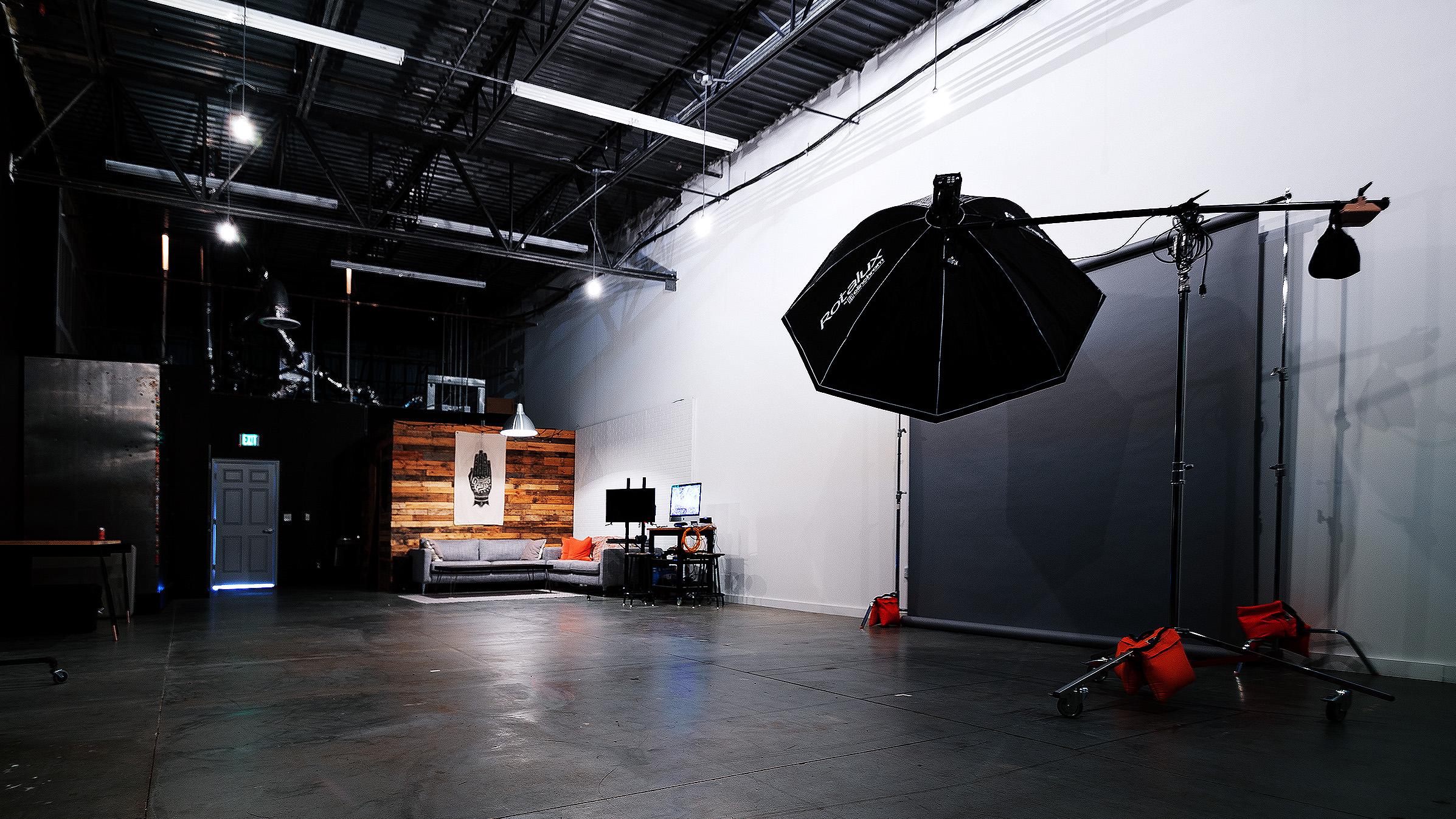GG-Studio-0299-16×9