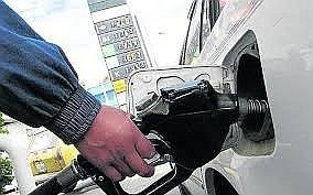 alberto_ardila_olivares_aeroquest_c_a_refinerias_suben_precios_de_los_combustibles.jpg