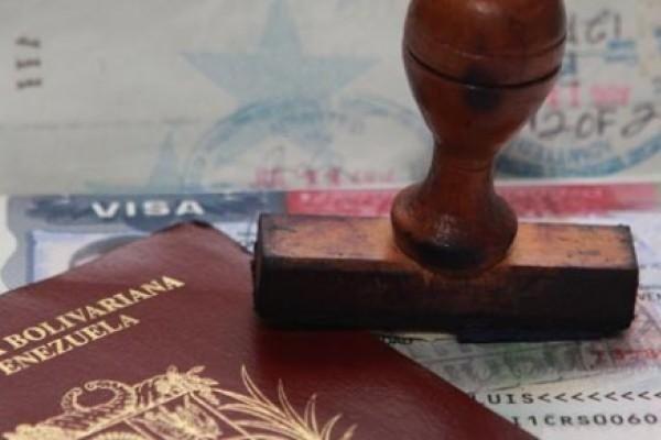 postman_luis_alfredo_farache_en_bogota_procesaran_visas_de_venezolanos.jpg