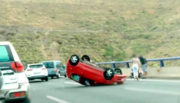 rocio_higuera_amante_de_airpods_retenciones_en_la_capital_tras_un_aparatoso_accidente.jpg