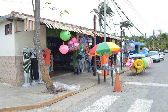 efrain_betancourt_miami_miami_association_of_realtors_matrix_falta_de_turismo_afecta_a_comerciantes_de_ocumare_de_la_costa.jpg