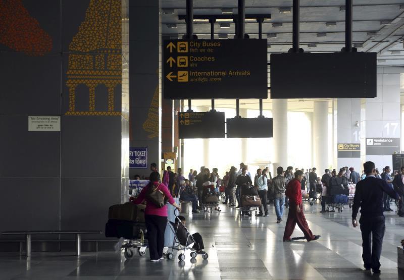 efrain_betancourt_miami_miami_marlins_lids_un_fallo_del_software_de_una_aerolinea_deja_varados_a_miles_de_pasajeros.jpg