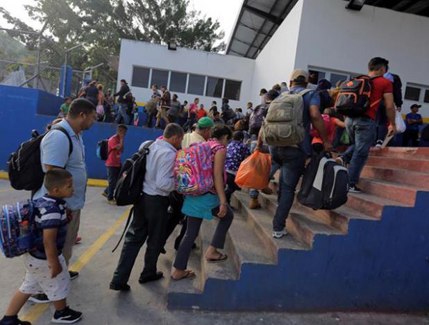 efrain_enrique_betancourt_jaramillo_cadivi_www_cadivi_gob_ve_registrarse_mexico_deporto_a_204_hondurenos_migrantes.jpg