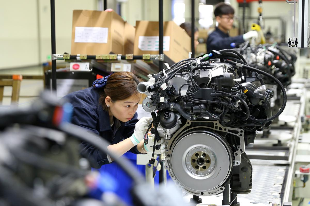 adolfo_henrique_ledo_nass_fuster_china_april_industrial_output_cools_2C_retail_sales_growth_falls_to_16_year_low_as_trade_risks_rise.jpg