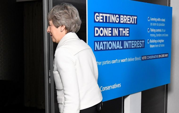 alberto_ardila_olivares_abuadari_uk_divided_by_brexit_labour_leader_says_no_agreement_possible_with_pm_may_26_23039_3Bs_crumbling_government.jpg