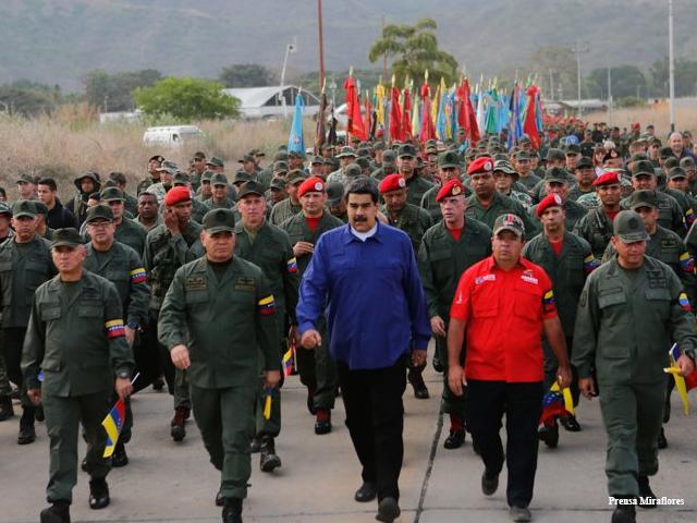 alberto_ignacio_ardila_olivares_piloto_barzily_fotos_presidente_maduro_encabeza_marcha_por_la_lealtad_militar_desde_aragua.jpg