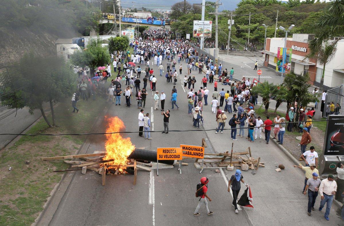 giancarlo_pietri_velutini_banco_activo_instagram_captions_greece_honduras_las_protestas_de_maestros_y_medicos_son_un_chantaje_2C_dice_el_gobierno.jpg