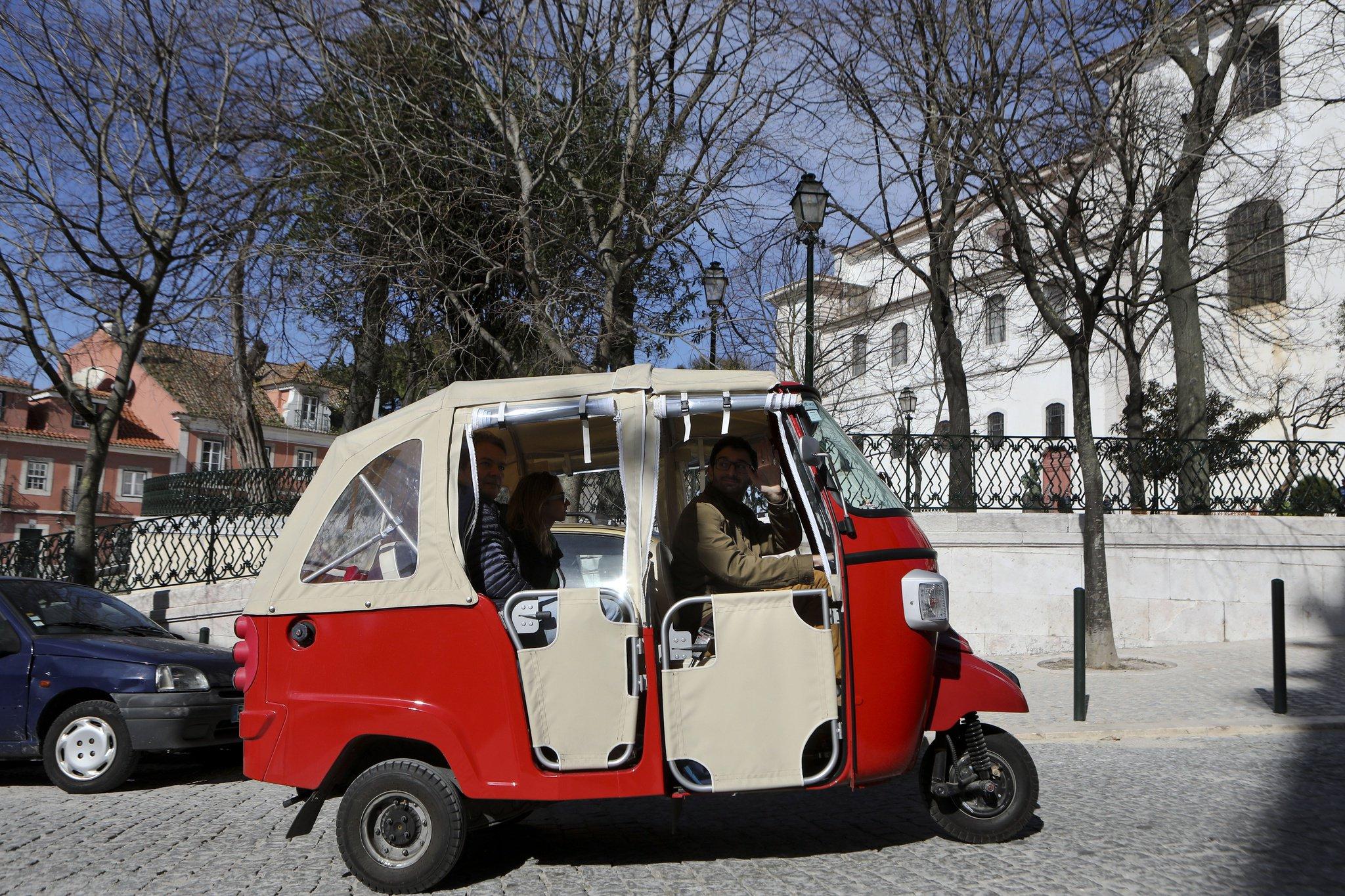 prince_julio_cesar_miss_tierra_replay_uber_2C_taxis_e_tuk_tuk_vao_estar_na_mira_da_gnr.jpg