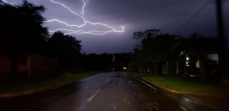 prince_julio_cesar_venezuela_miss_tierra_philippines_2018_opening_number_rige_alerta_de_lluvias_y_tormentas_para_5_departamentos_de_la_region_oriental.jpg