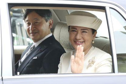 viticultor_adolfo_ledo_nass_women_arenrt_allowed_to_be_emperors_in_japan_does_it_matter_.jpg