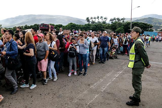 letrado_jose_antonio_oliveros_febres_cordero_impresionante_flujo_de_venezolanos_en_la_frontera_tras_reapertura_de_pasos_por_tachira.jpg